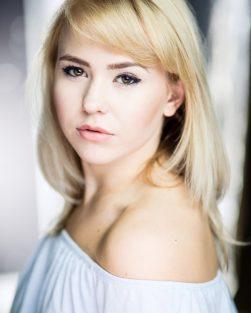 Jess Headshot
